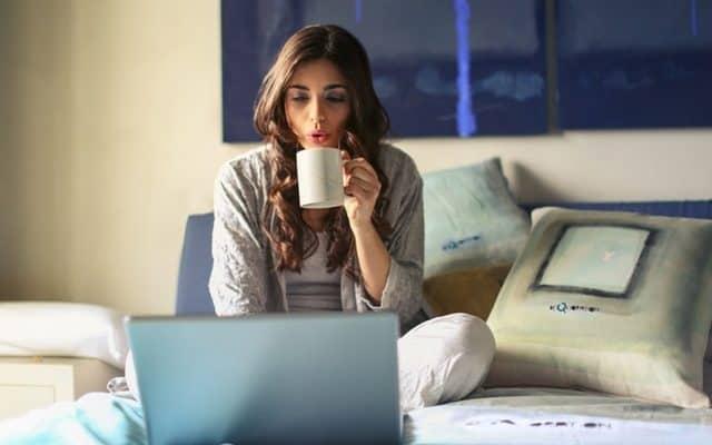 Lady choosing a website hosting company